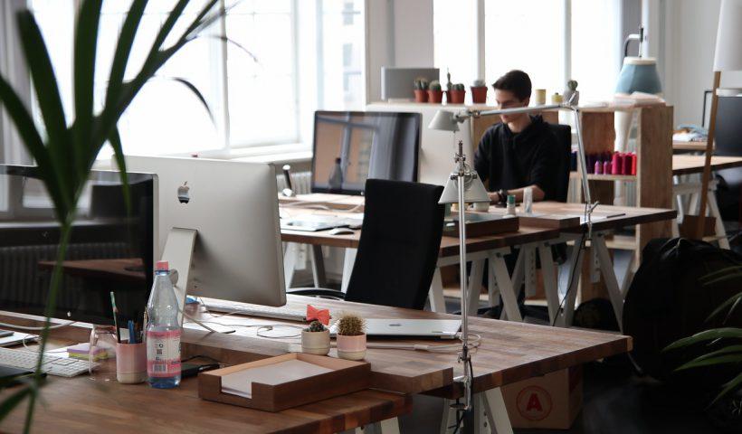 ergonomische kantoormeubelen